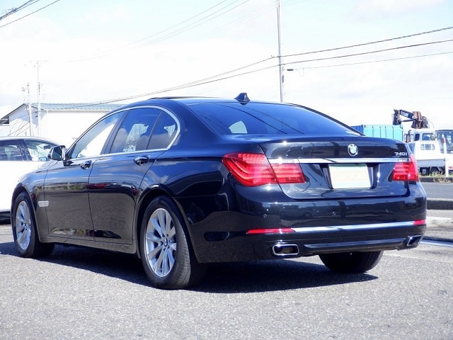 TOYSCAR BMW 7シリーズ 740i コンフォート&プラスPKG