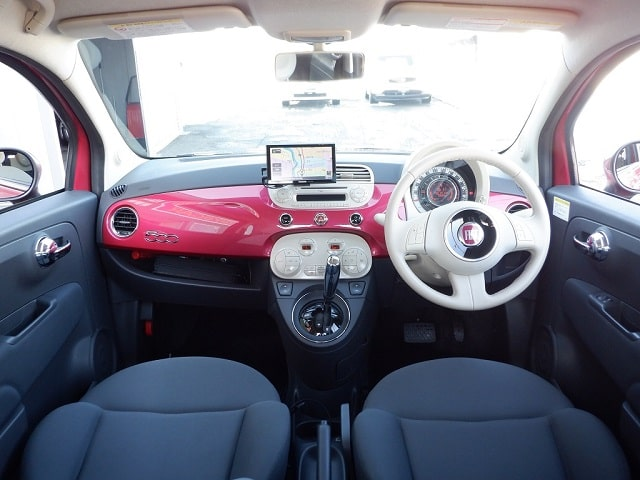 TOYSCAR フィアット 500 マジェンタ