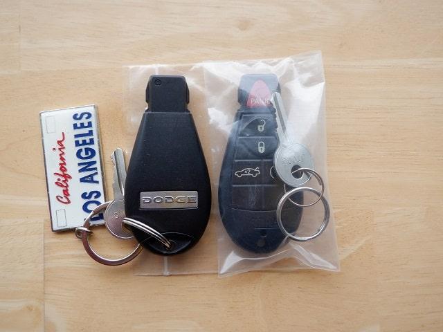 TOYSCAR ダッジ チャレンジャー SRT8 Furius Fuchsia