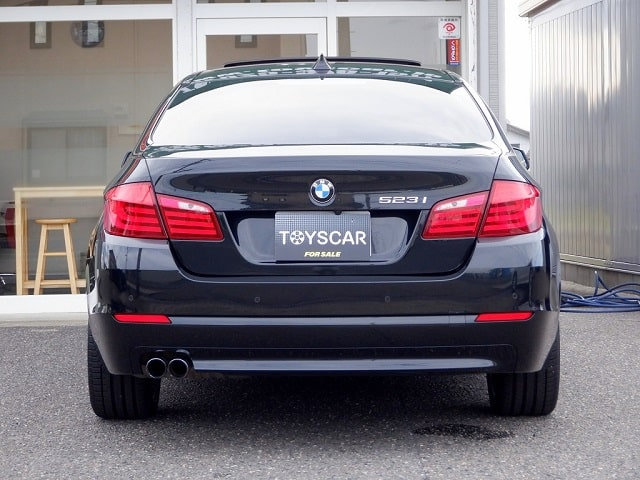 TOYSCAR BMW 5シリーズ 523i ハイラインパッケージ
